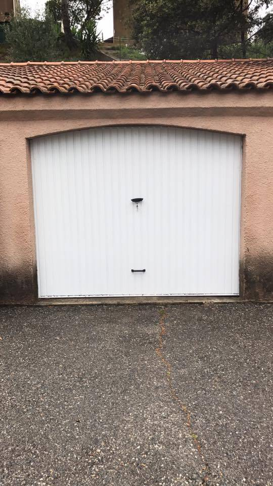 R paration ou installation de porte de garage marseille for Reparation porte garage